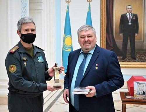 Международная акция в Посольстве Республики Казахстан